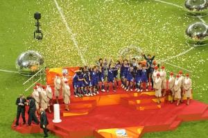 VM 2011, Japan lyfter pokalen