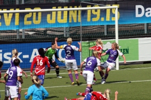 Sofie Andersson gör mål