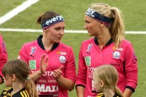 Manon Melis och Emma Lundh
