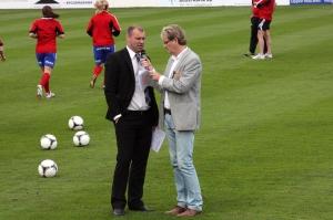 Daniel Kristiansson intervjuas