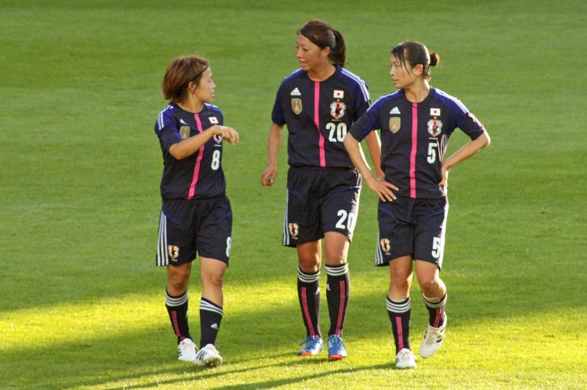 Aya Miyama, Ami Otaki och Aya Sameshima