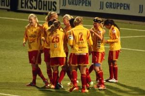 Tyresö jublar över Martas 1-1-mål