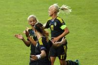 Lycklig Josefine Öqvist