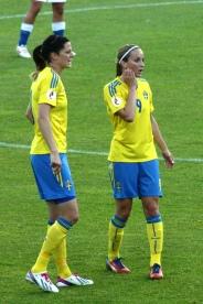Lotta Schelin och Kosovare Asllani
