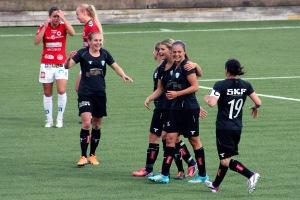 Jubel över Martens 1-0-mål