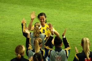 Lotta Schelin firar landslagsmål nummer 72