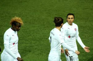 Enganamouit, Andonova och Marta