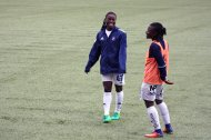 Tabitha Chawinga och Elizabeth Addo