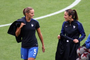 Sandie Toletti och Clarisse Le Bihan