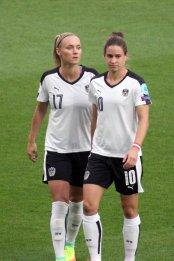 Sarah Puntigam och Nina Burger