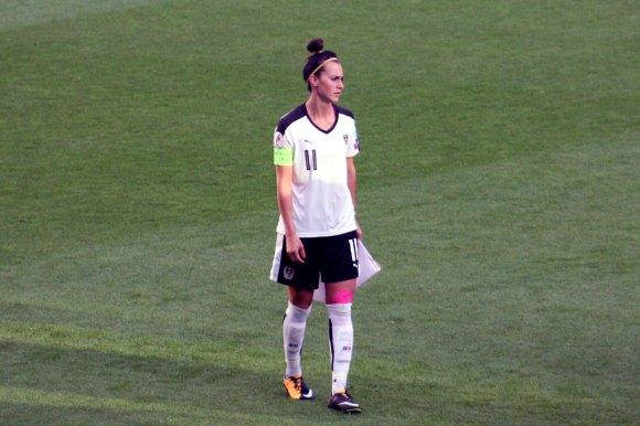 Viktoria Schnaderbeck