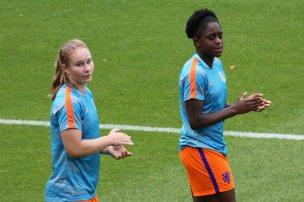 Sisca Folkertsma och Liza van der Most.