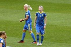Caroline Seger och Lisa Dahlkvist
