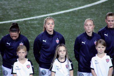 Glodis Perla Viggosdottir och Ebba Wieder