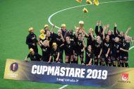 Göteborg höjer pokalen och kastar hattarna