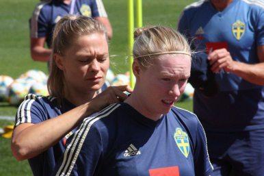 Fridolina Rolfö och Hedvig Lindahl