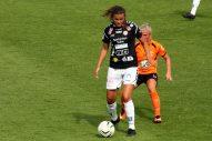 Anna Welin med Ida Strömblad i ryggen.