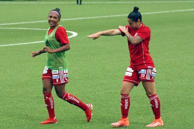 Madelen Janogy och Fernanda Da Silva.