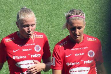 100 Elin Rombing och Emma Kullberg
