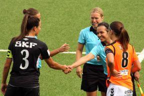 Almira Spahic (skymd). Beata Kollmats, Sara Persson, Jilan Taher och Alice Nilsson.
